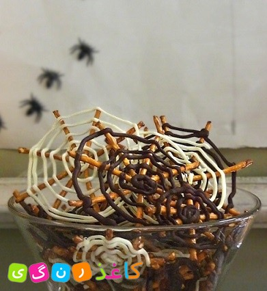 lemoo_chocolate_spider_webs